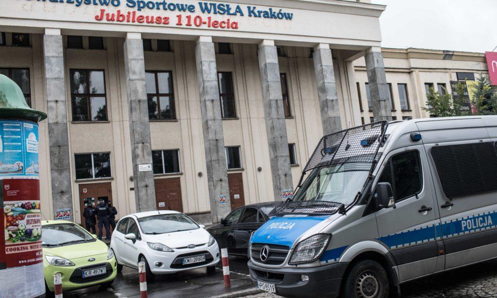 8f76ac2fd5 Policja w Wiśle i w domu Sarapaty. Ważne rozmowy w Warszawie ...