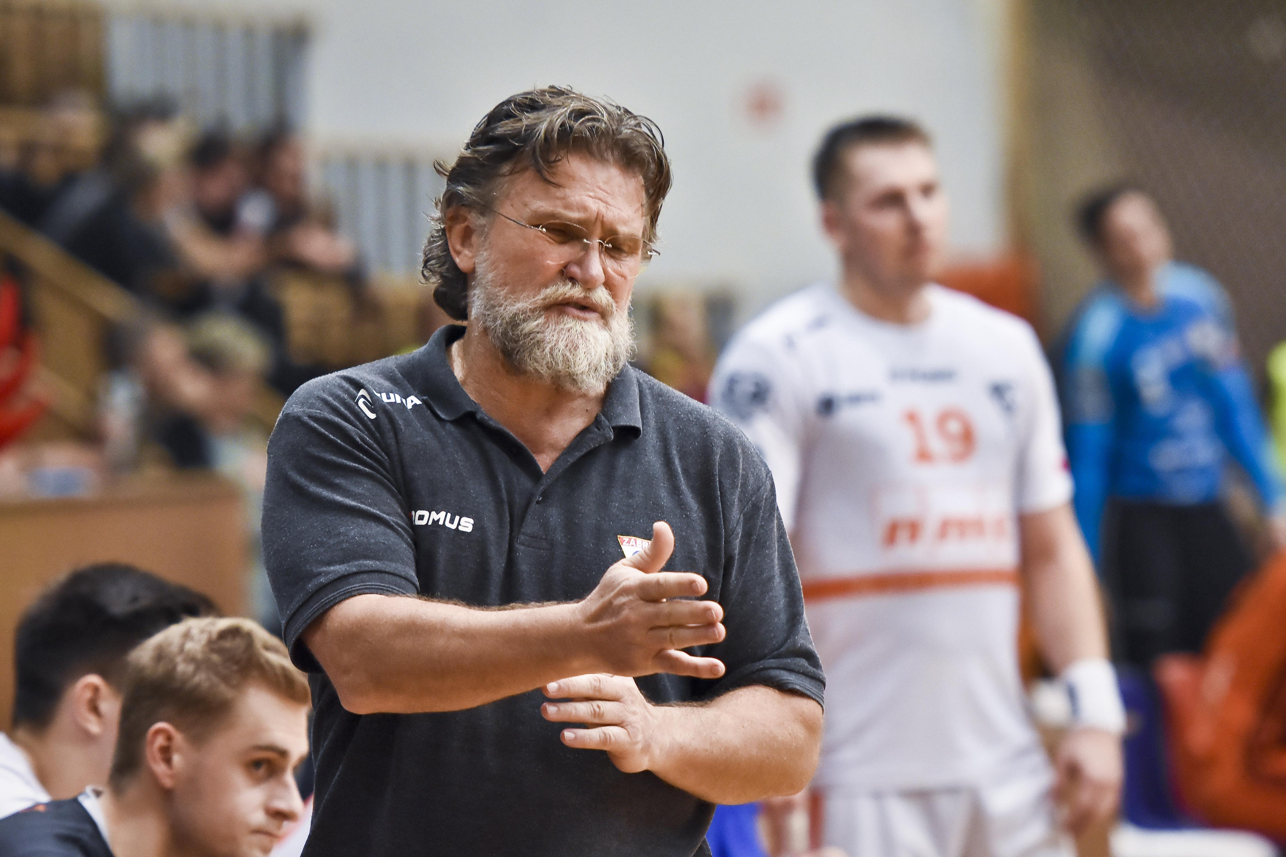 Trener Trtik w meczu NMC Górnik Zabrze - Zagłębie Lubin
