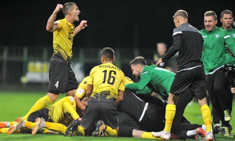 Radość w meczu GKS Katowice - Legionovia Legionowo