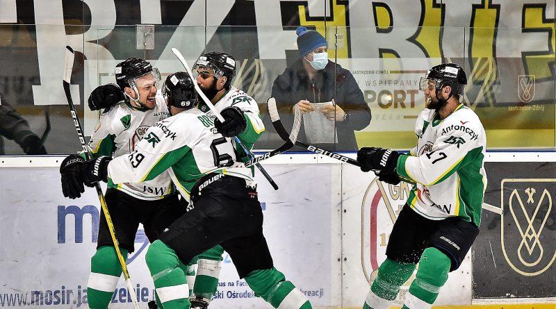 Coraz bliżej wielkiego święta w Jastrzębiu❗️ #Hokej ⤵️ https://sportdziennik.com/drugie-zwyciestwo-jastrzebian-blizej-swietowania/